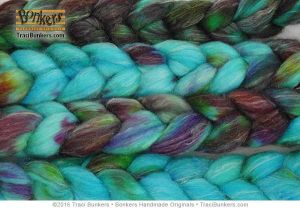 TraciBunkers.com - Hand-dyed Superwash Sparkle Spinning Fiber in Dragonfly